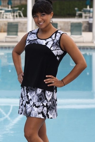 Abstract Gray Yoke Tennis Top for Women of All Sizes