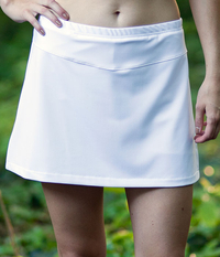 Image Run Around Skirt with Shorts in Performance White